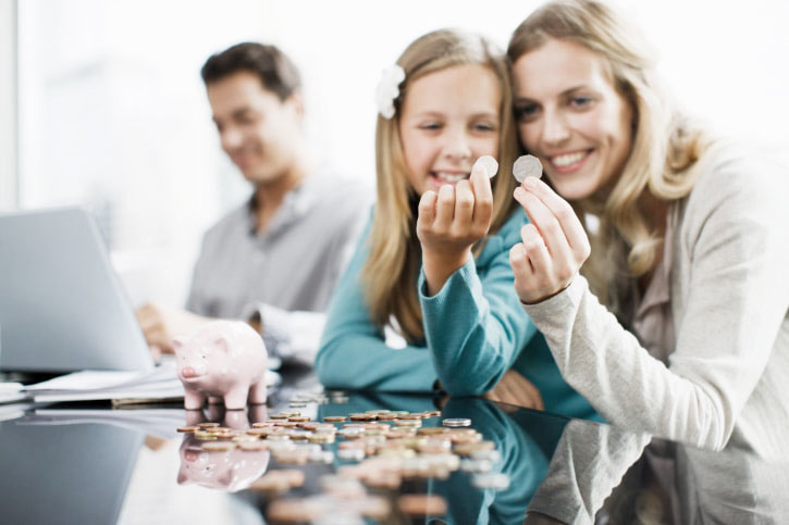 How to Teach Your Child to Budget Money