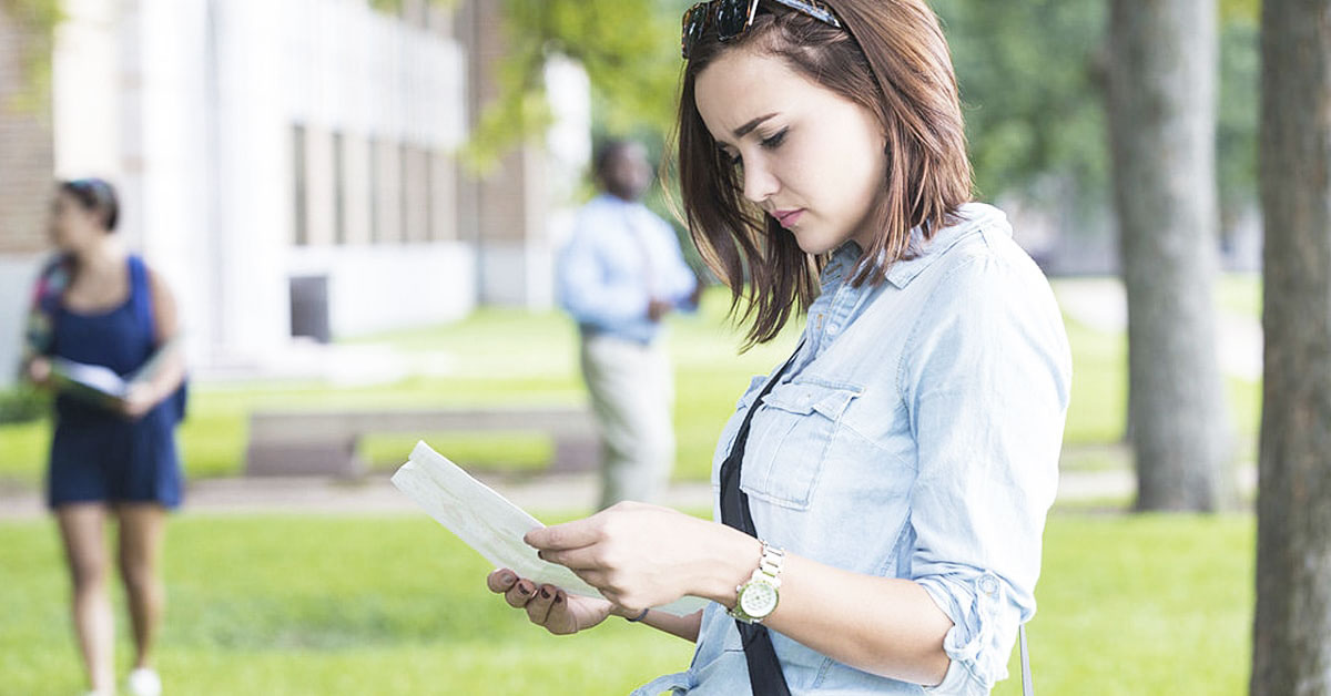 The 7 Biggest FAFSA Mistakes College Students Make—and How to Avoid Them article image.
