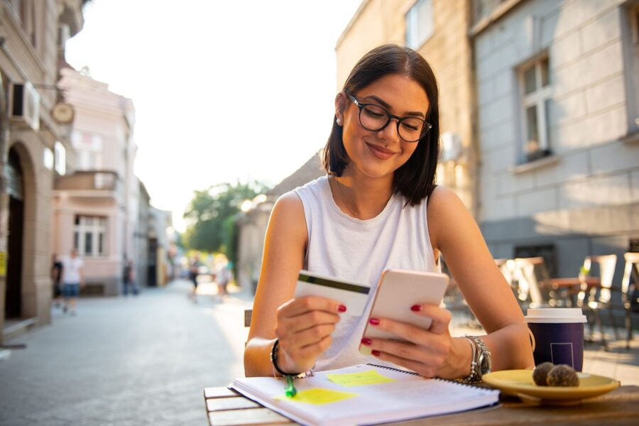 Can You Use a Credit Card on Venmo? article image.