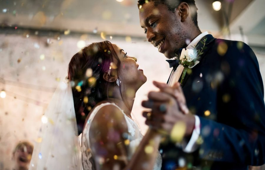 How Much Does the Average Wedding Cost? article image.