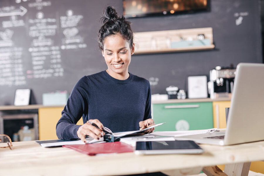How Do I Qualify for a Small Business Loan? article image.
