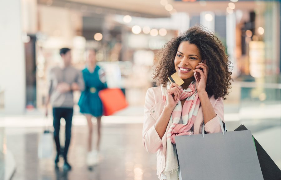 How to Choose a Department Store Credit Card article image.