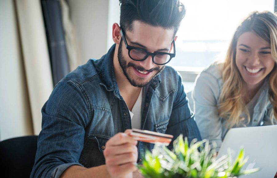 How to Save Money With a 0% APR or Balance Transfer Credit Card article image.