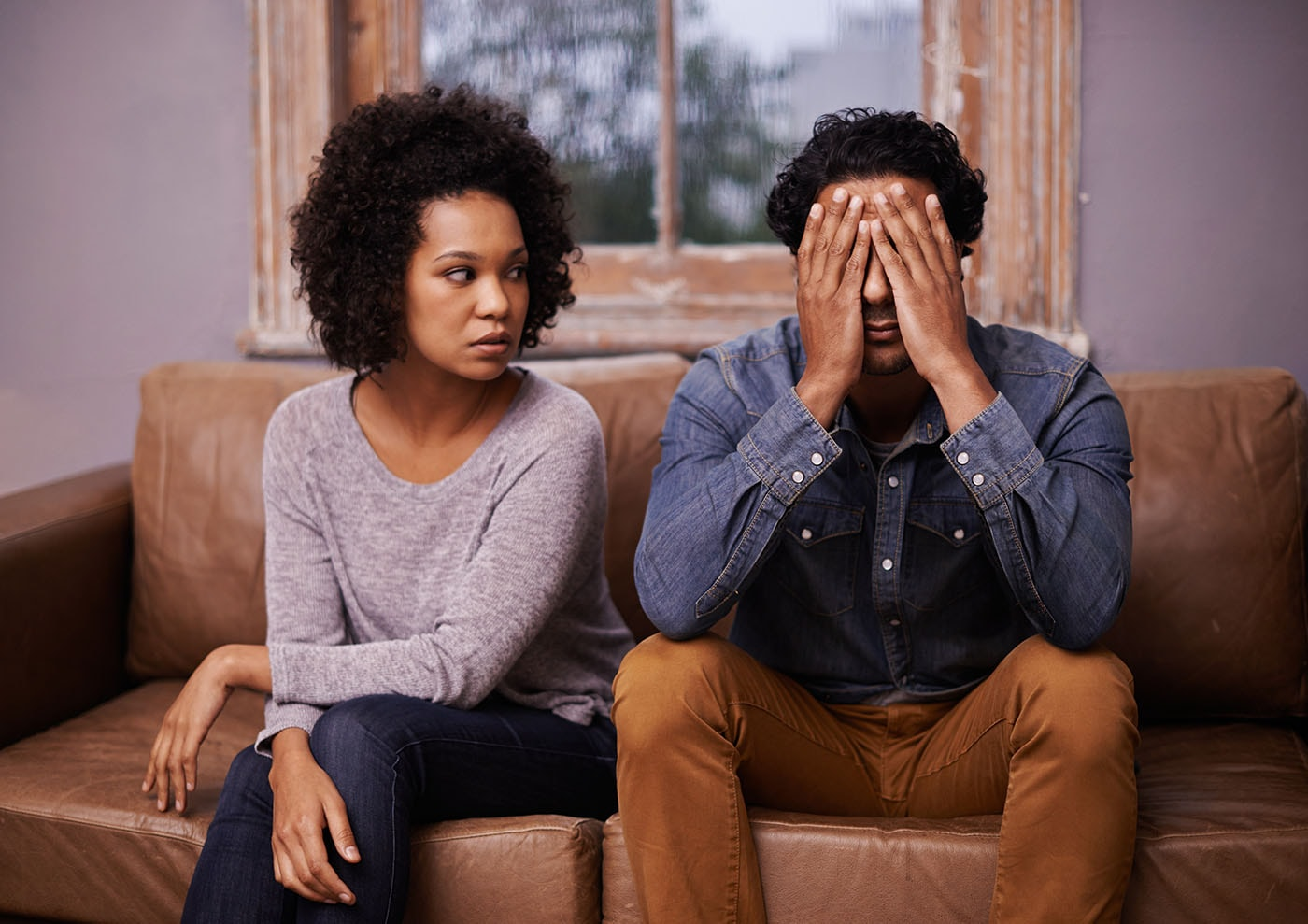 Top 7 Financial Tips When Facing Divorce article image.